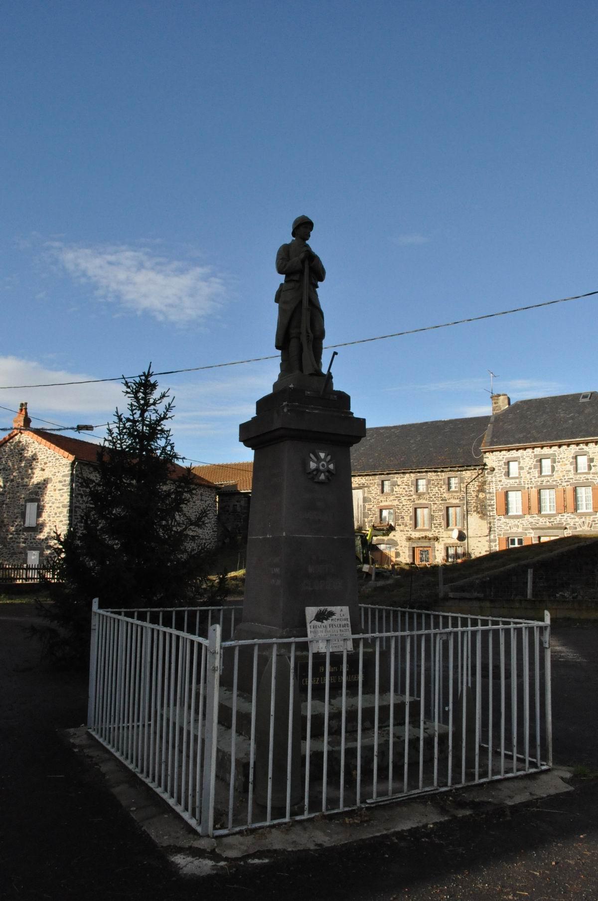 Ferrières-Saint-Mary (Lusclades)