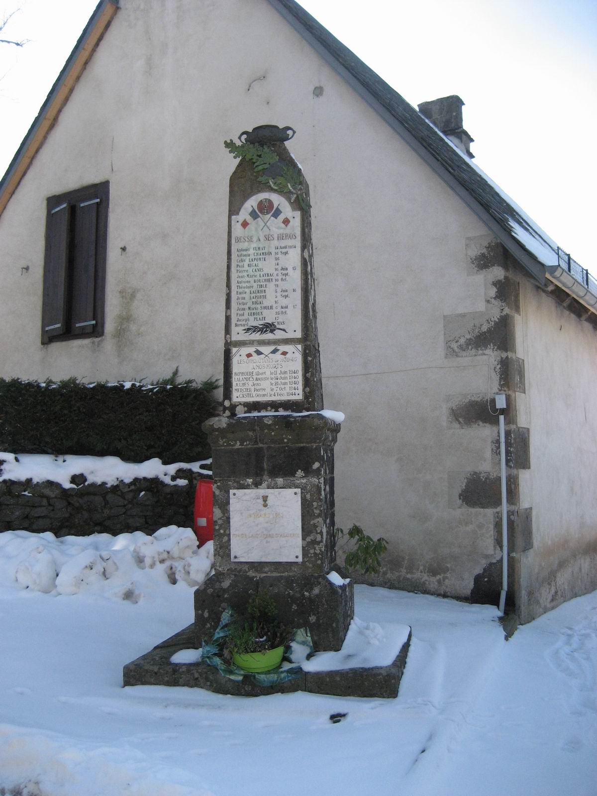 Saint-Cirgues-de-Malbert (Besse)